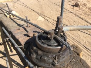 Ingenious rebar bender made from an old bearing........