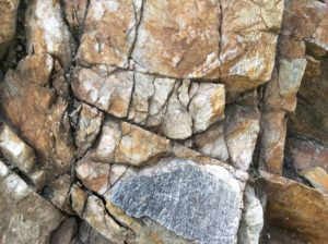 Quartzite! First non-volcanic rock seen since Leaving the Colorado Plateau north of Flagstaff.