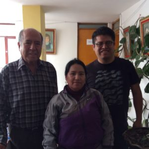 Anibal, Liria and Francisco Romero were a great help in getting the glass for the computer.